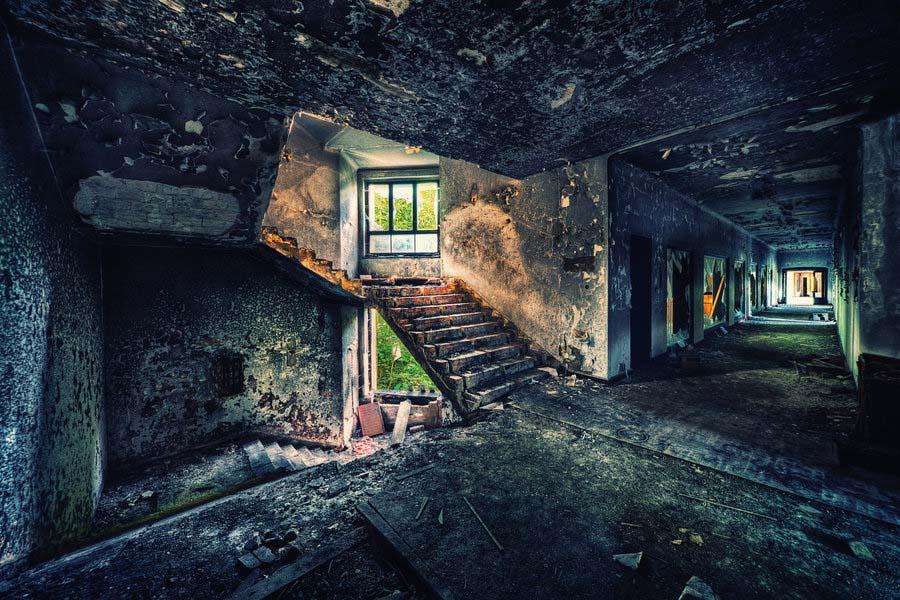Fotógrafo capta a beleza do assombro de edifícios abandonados 27