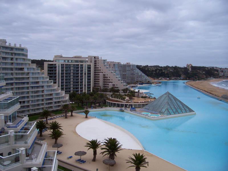 A maior piscina do mundo 13