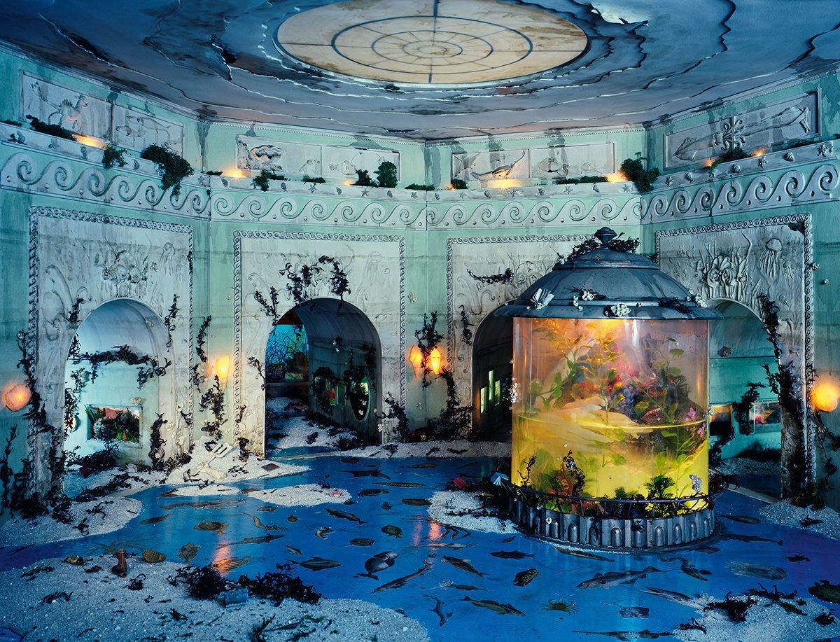 Fotos mostram lugares abandonados em um mundo pós-apocalíptico que em realidade são dioramas 01