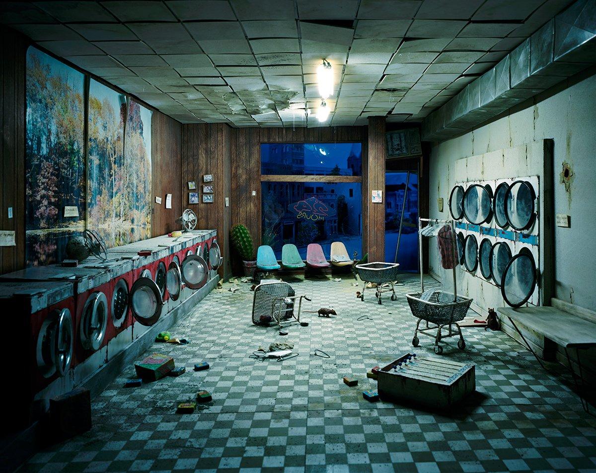 Fotos mostram lugares abandonados em um mundo pós-apocalíptico que em realidade são dioramas 09