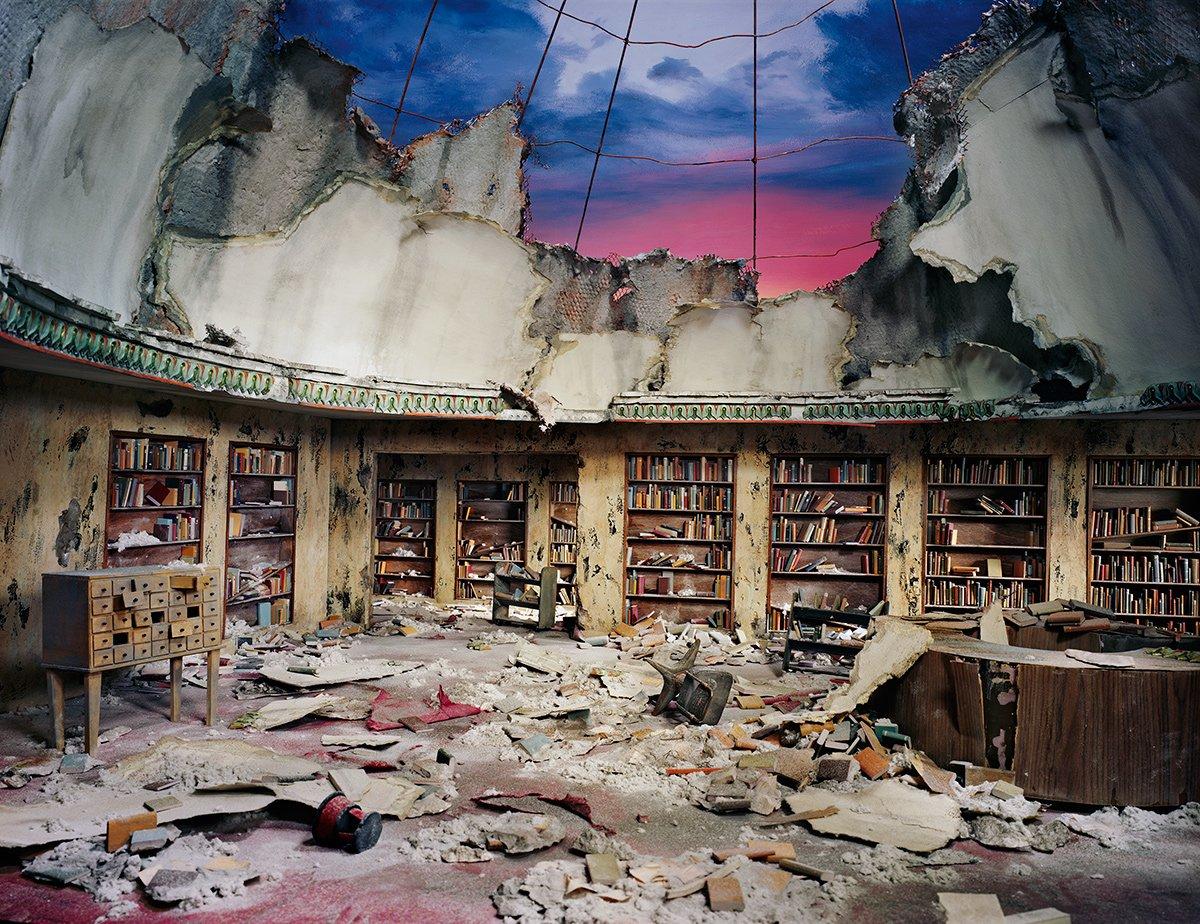Fotos mostram lugares abandonados em um mundo pós-apocalíptico que em realidade são dioramas 10