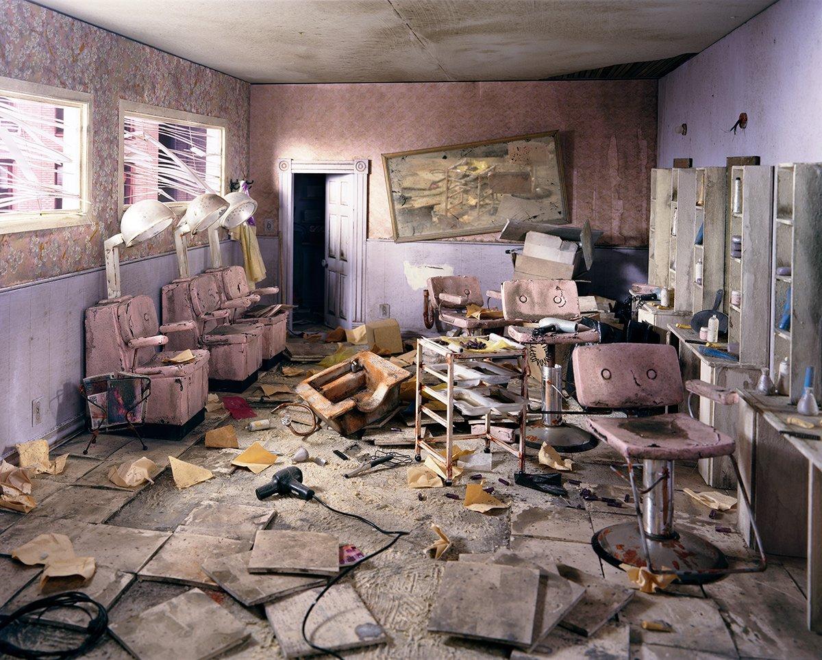 Fotos mostram lugares abandonados em um mundo pós-apocalíptico que em realidade são dioramas 14