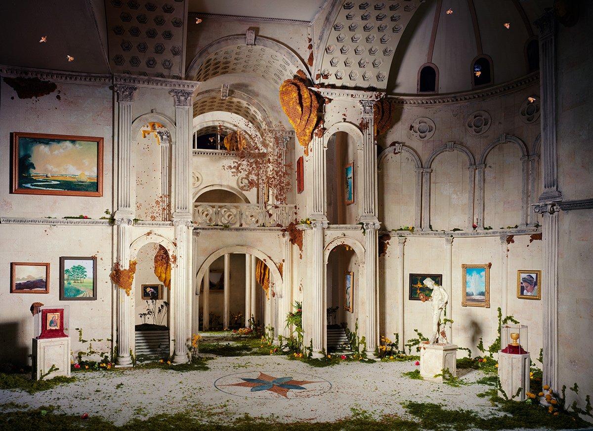Fotos mostram lugares abandonados em um mundo pós-apocalíptico que em realidade são dioramas 19