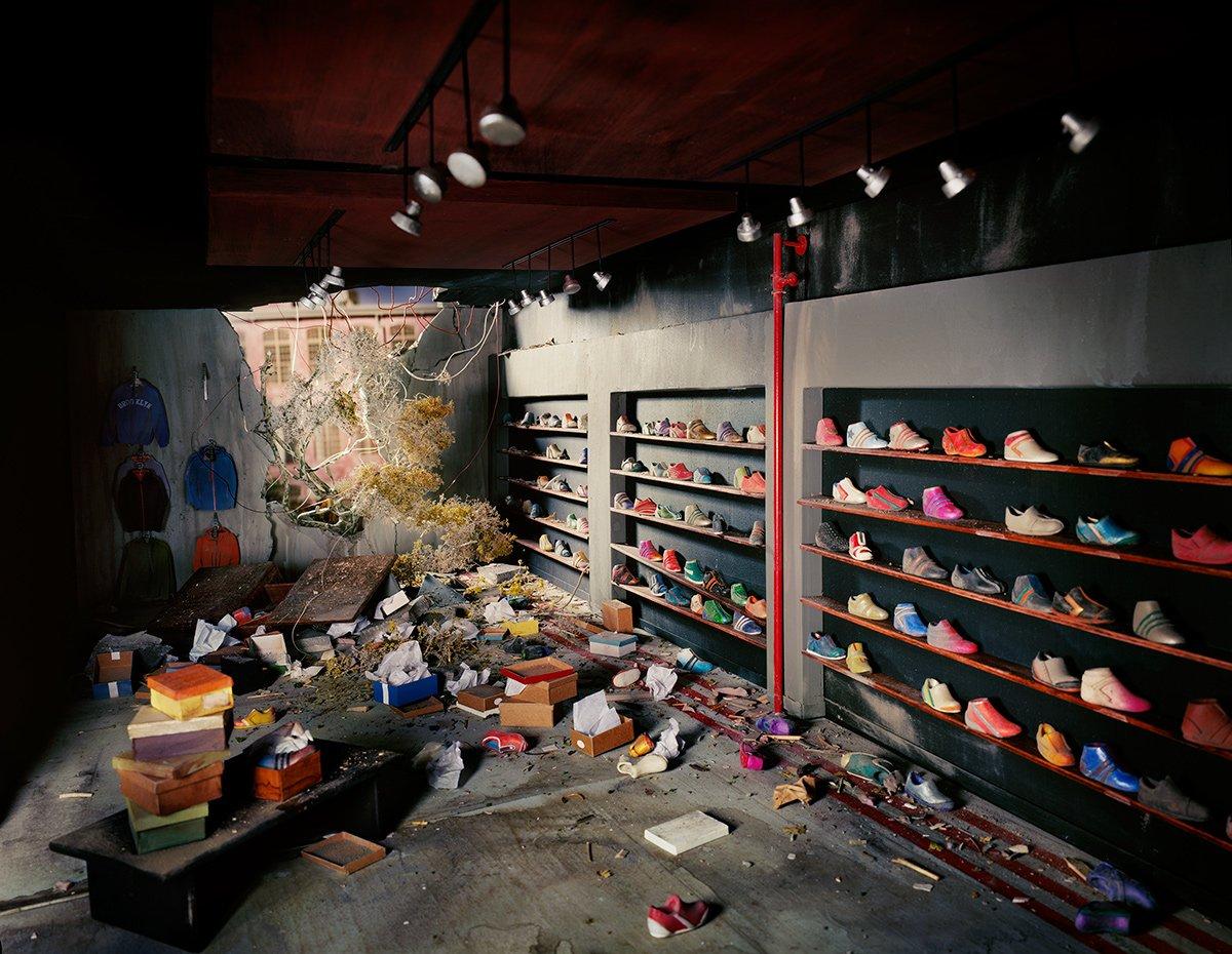 Fotos mostram lugares abandonados em um mundo pós-apocalíptico que em realidade são dioramas 20