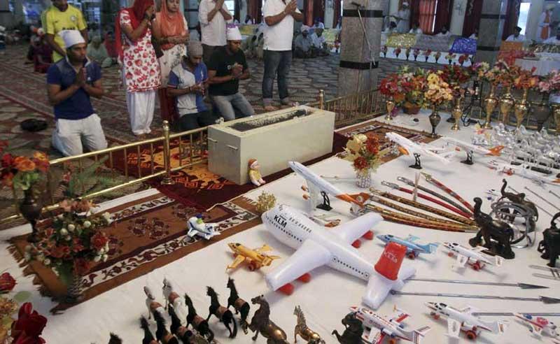 Nas asas de uma oração - a Igreja do avião na Índia