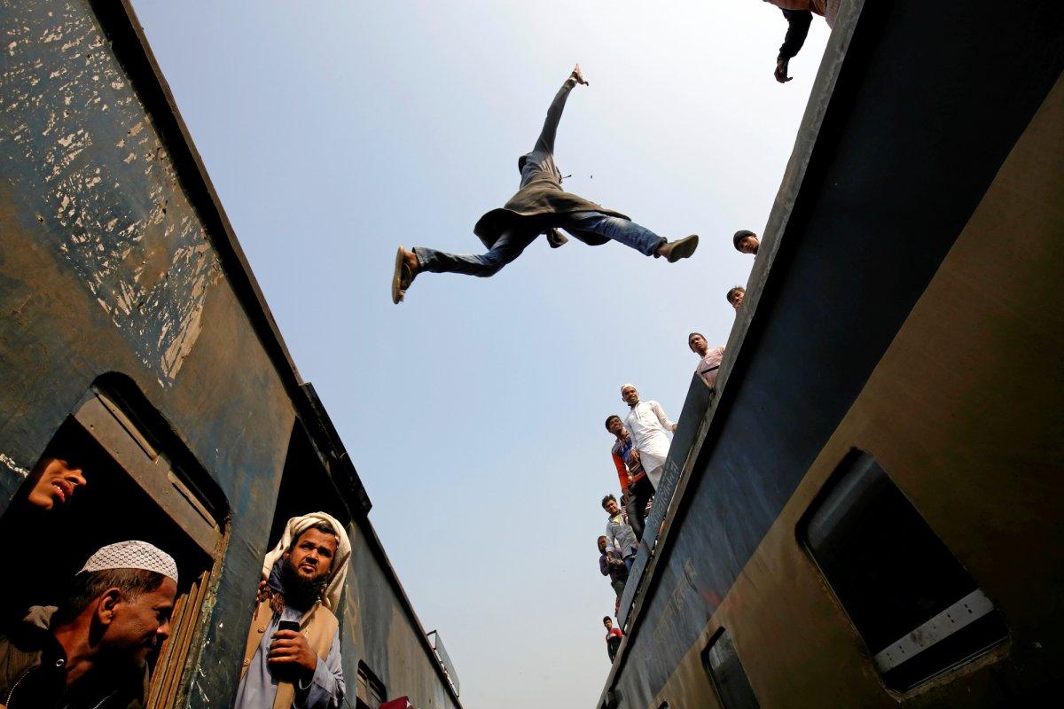O ano em fotos impressionantes registradas pela premiada equipe de fotografia da Reuters em 2017 03