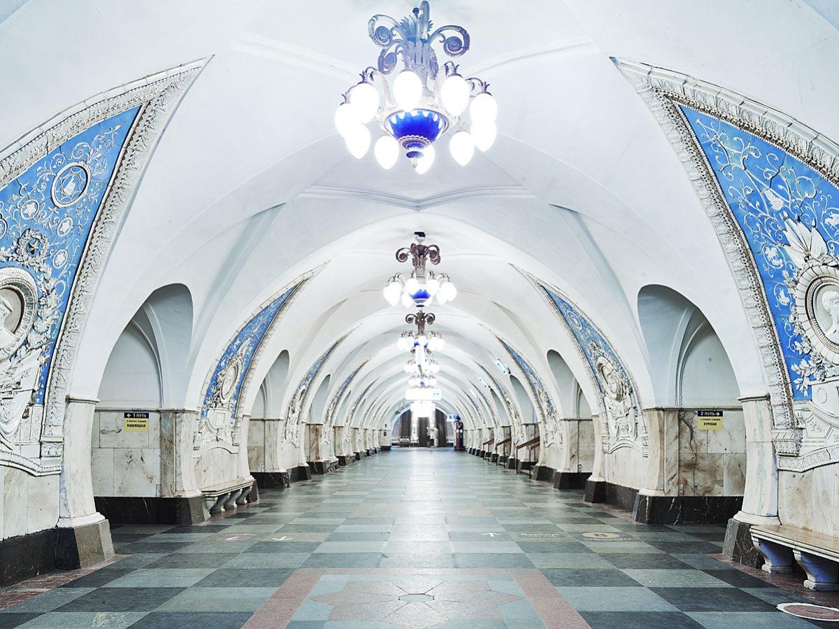 16 fotos de belas esta��es de metro de Moscou, constru�das como propaganda durante a �poca de Stalin 07