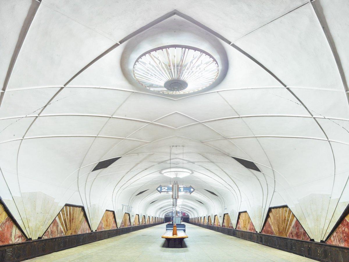 16 fotos de belas esta��es de metro de Moscou, constru�das como propaganda durante a �poca de Stalin 08