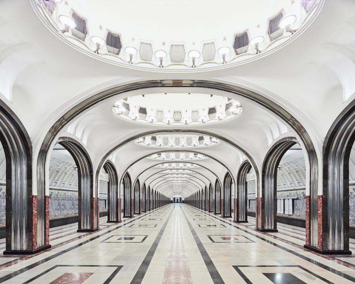 16 fotos de belas esta��es de metro de Moscou, constru�das como propaganda durante a �poca de Stalin 12