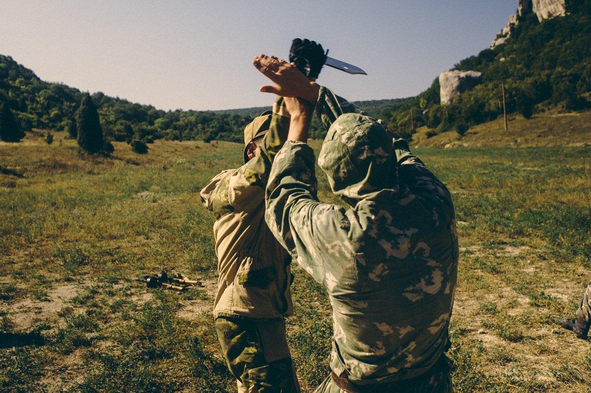 Um acampamento que treina garotos de 7 anos para serem defensores da pátria russa 11