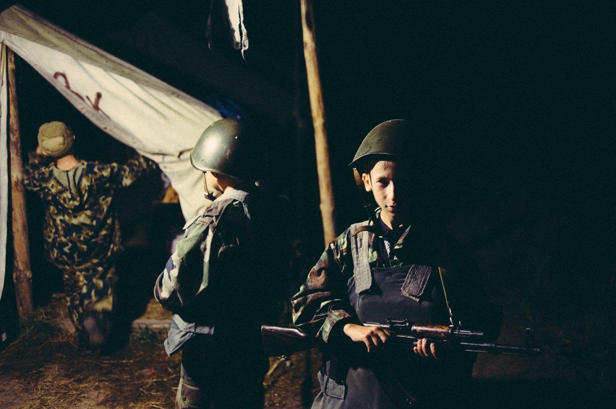 Um acampamento que treina garotos de 7 anos para serem defensores da pátria russa 13