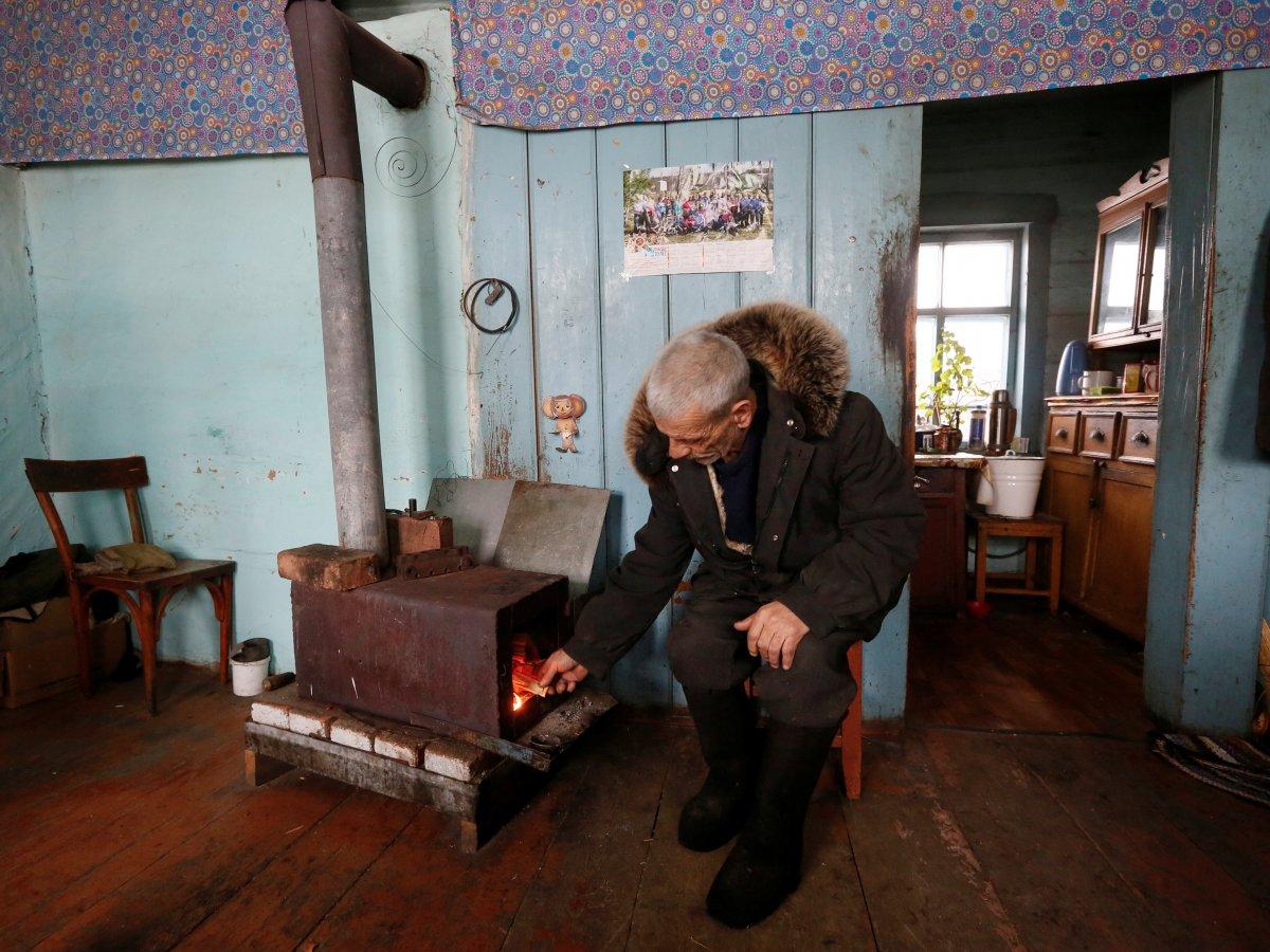 Mikhail Baburin é o último residente de Mikhailovka na Sibéria 12