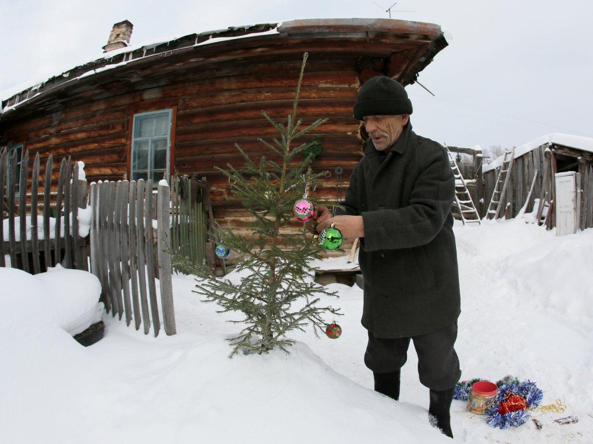 Mikhail Baburin é o último residente de Mikhailovka na Sibéria 16