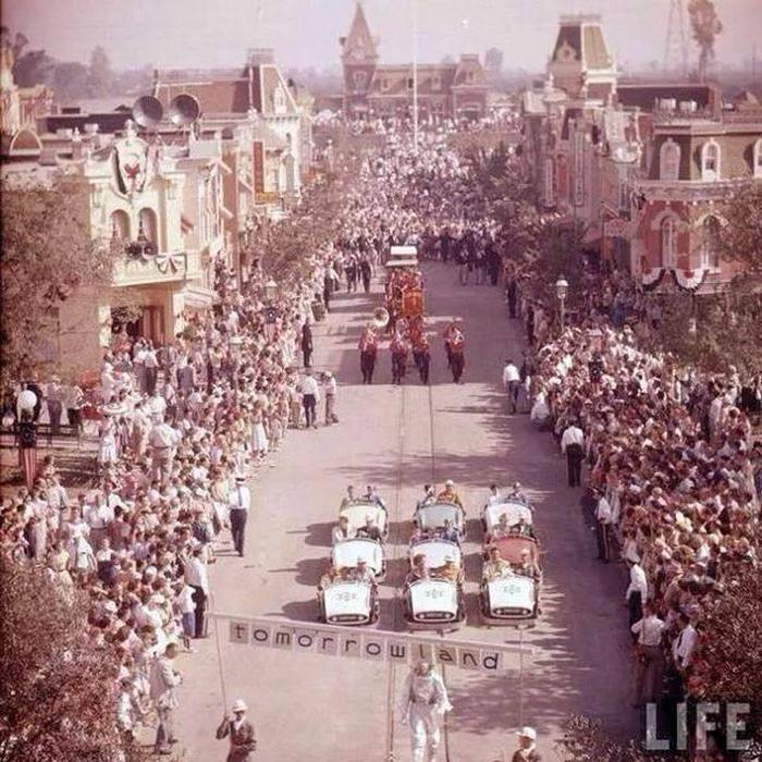 Abertura da Disneyl�ndia, 1955.