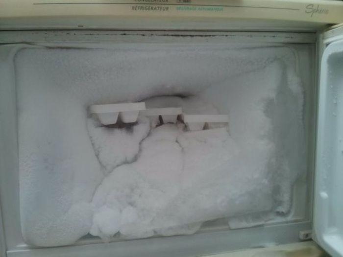 Acho que preciso descongelar a geladeira.