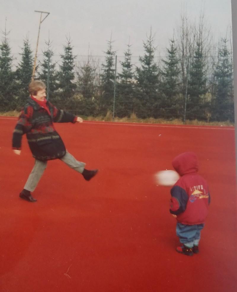 E o pequeno nunca mais quis jogar ao futebol