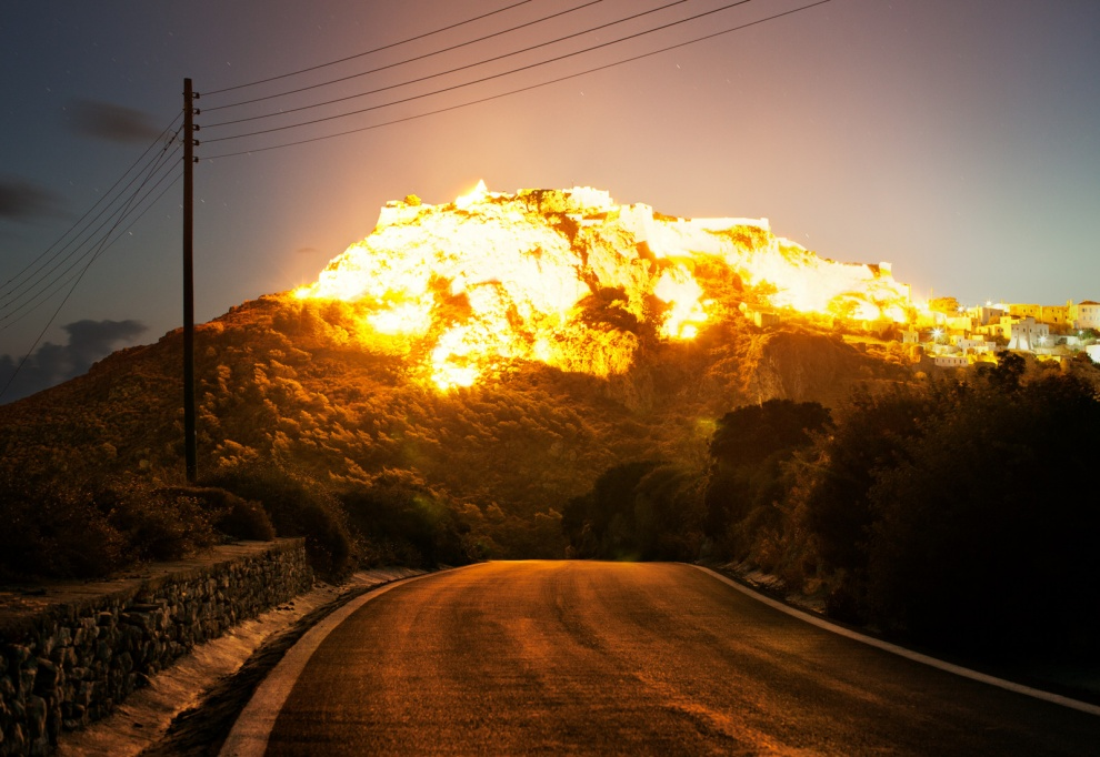 Explosão. Por Corey Arnold.