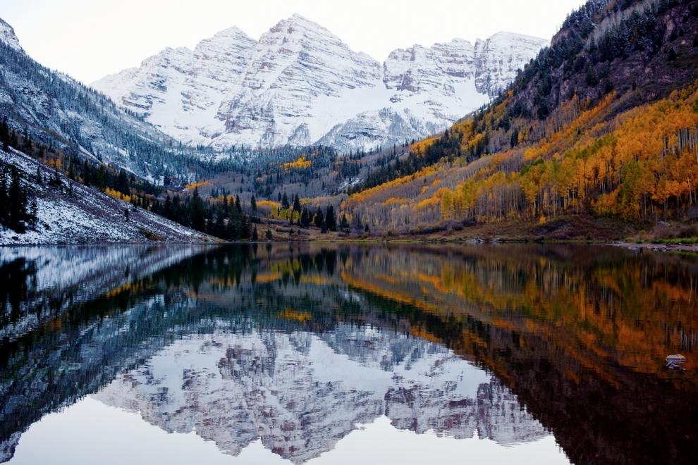 O encontro de outono e inverno. Colorado, Estados Unidos. Por Jeff Howe.