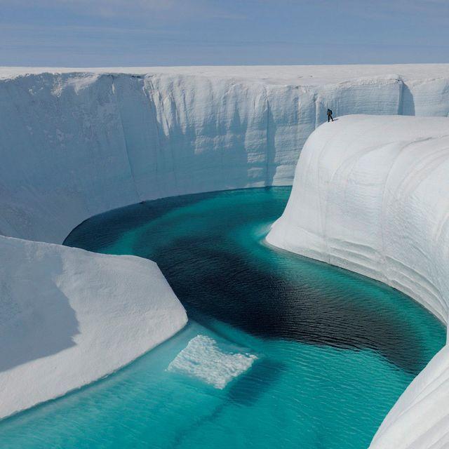 Onde o rio faz a curva, na Groenlândia.