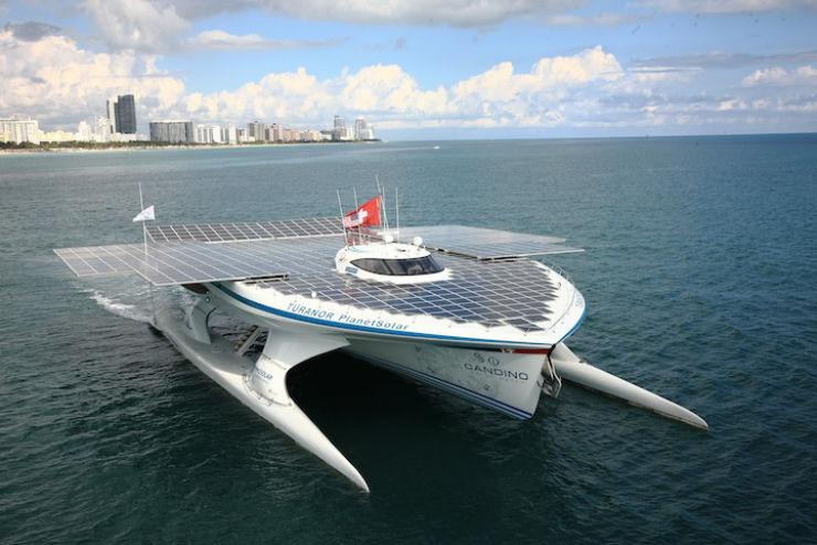 Maior barco do mundo movido a energia solar 05