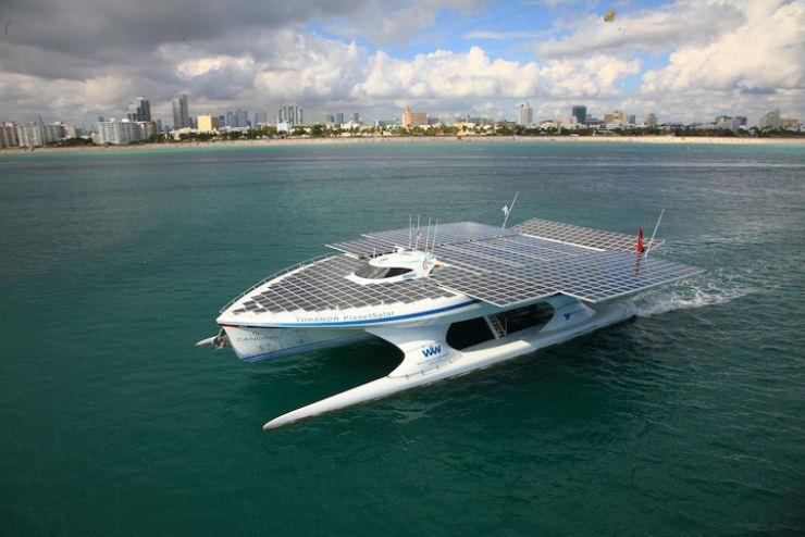 Maior barco do mundo movido a energia solar 06