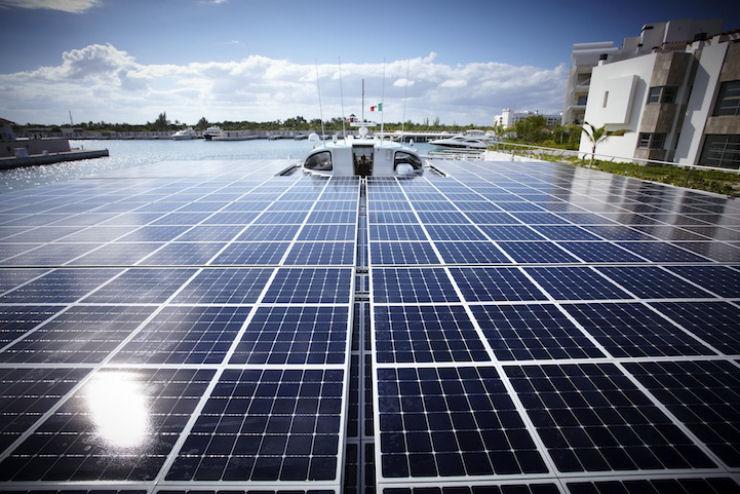 Maior barco do mundo movido a energia solar 11