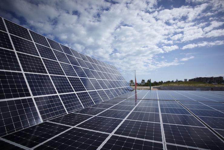 Maior barco do mundo movido a energia solar 12
