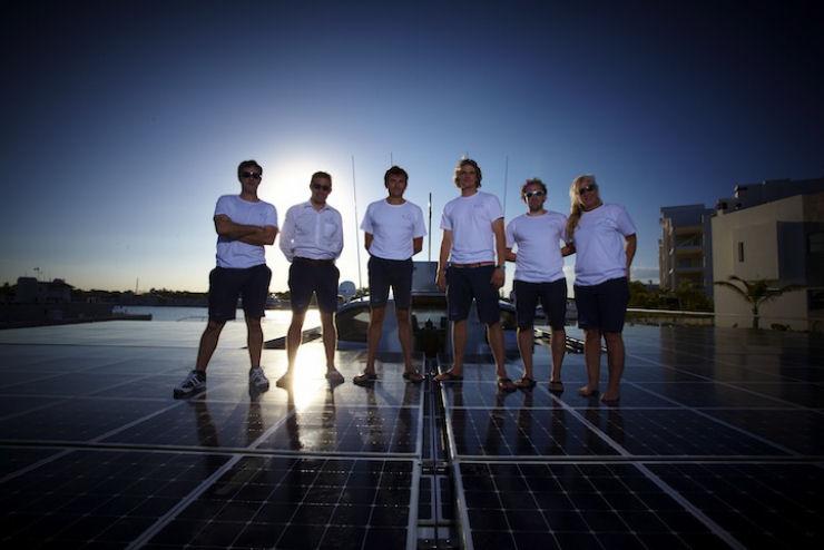 Maior barco do mundo movido a energia solar 13