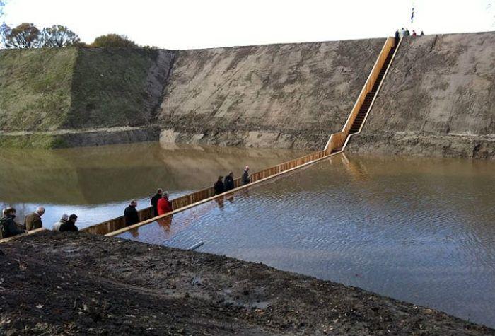 A surpreendente ponte Moisés que divide as águas 01
