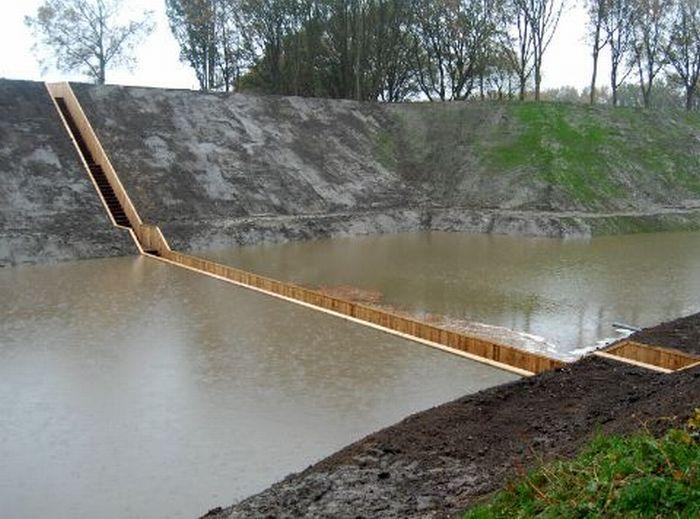 A surpreendente ponte Moisés que divide as águas 02