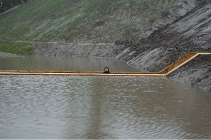 A surpreendente ponte Moisés que divide as águas 11