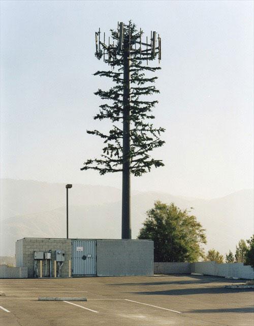 31 Exemplos de torres de celular disfarçadas 14