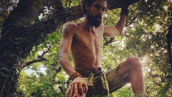 Belga foge da civilização e vive como um caçador-coletor na Eslovênia