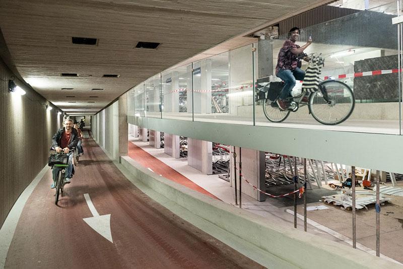 O futuro maior estacionamento para bicicletas do mundo em Utrech