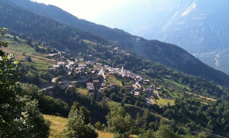 Partiu Suíça! Cidade alpina quer pagar 84 mil reais a cada adulto que se mude para lá com a família