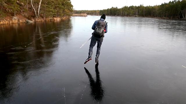 Os estranhos sons de ficção científica produzidos pela patinação no gelo fino