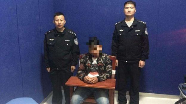 Chinês é sentenciado a 10 dias de cadeia por dar nomes ilegais aos seus cães