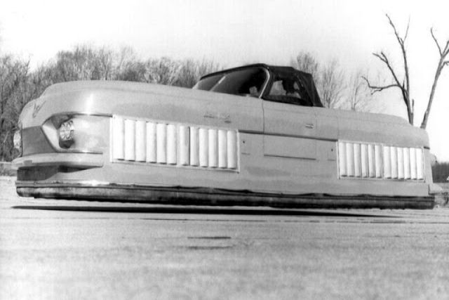 Curtiss-Wright Model 2500 Air-Car, um carro flutuante de 1959 que utilizava efeito solo