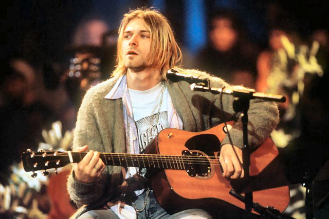 Alguém avacalhou 'Come As You Are' do Nirvana, ao remixá-la como Swing