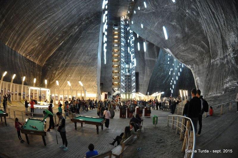Mina de sal romena do século 17 é transformada em uma atração turística muito bacana 03