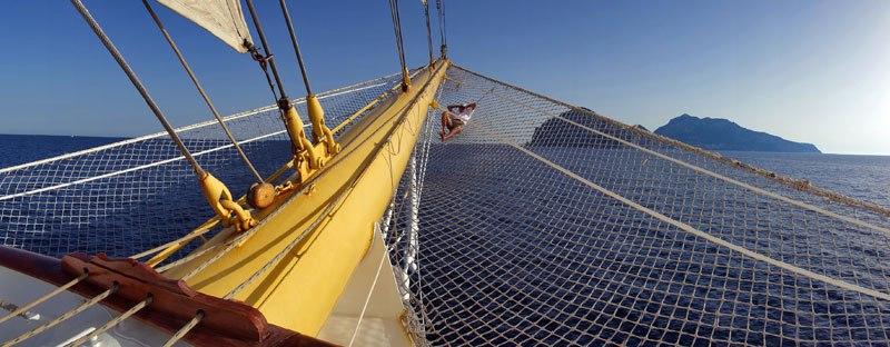 Conheça o maior veleiro do mundo 06