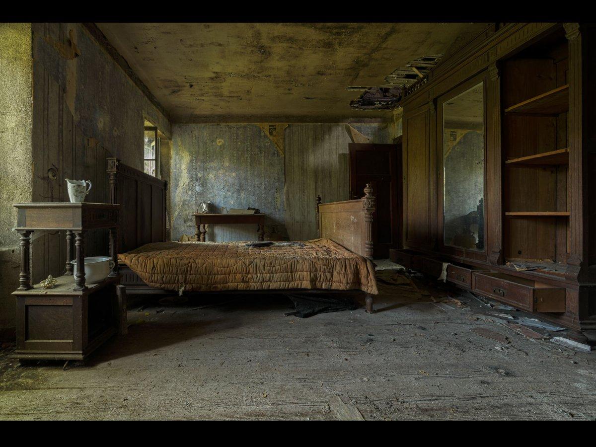 Fotógrafo capta ruínas decadentes da Europa em fotos assombrosas 10