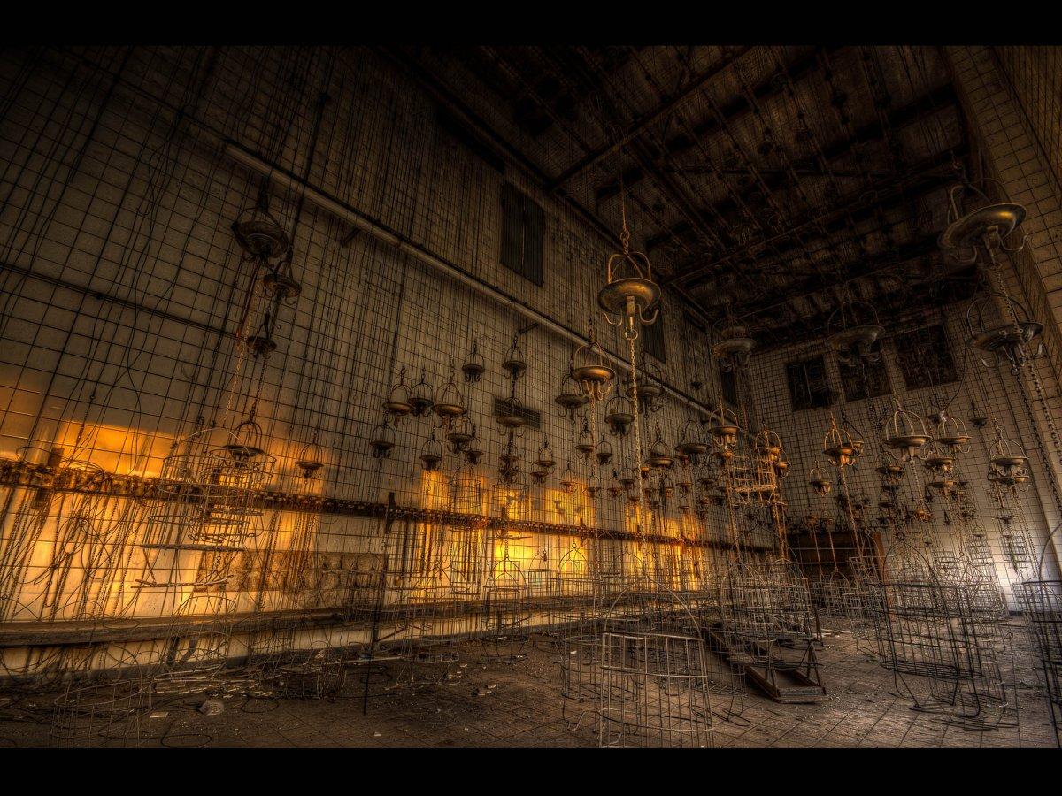 Fotógrafo capta ruínas decadentes da Europa em fotos assombrosas 15