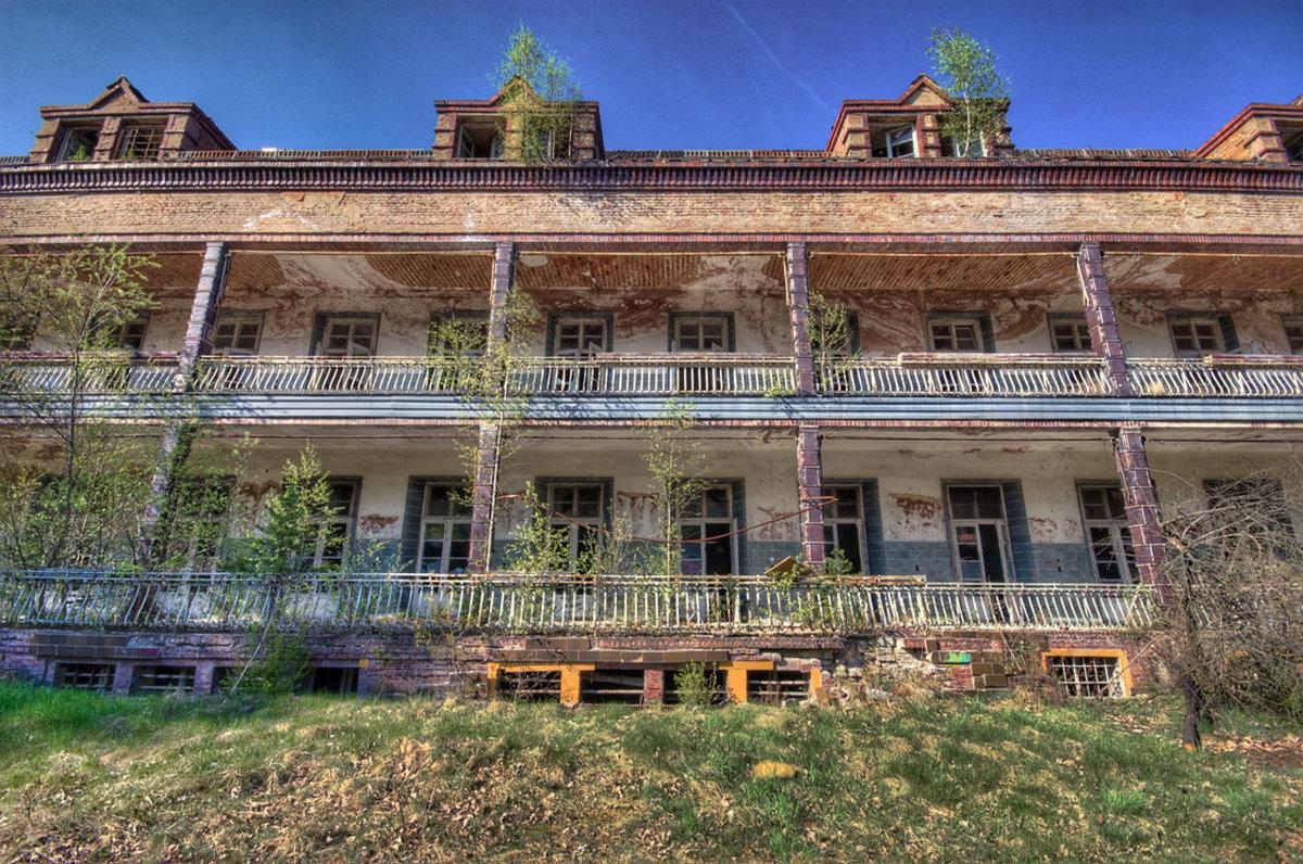 O hospital abandonado onde trataram Hitler é um dos lugares mais arrepiantes que existem 10