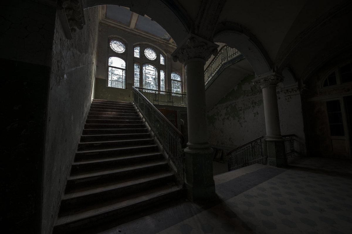 O hospital abandonado onde trataram Hitler é um dos lugares mais arrepiantes que existem 11