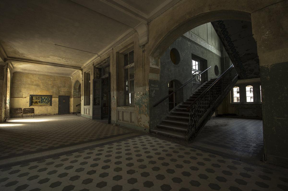 O hospital abandonado onde trataram Hitler é um dos lugares mais arrepiantes que existem 13