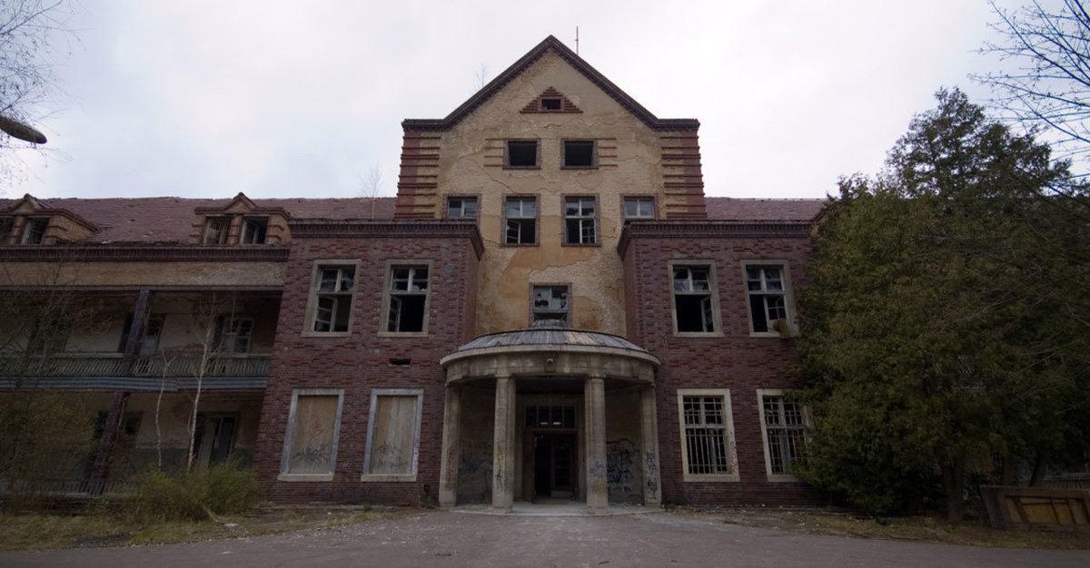 O hospital abandonado onde trataram Hitler é um dos lugares mais arrepiantes que existem 14