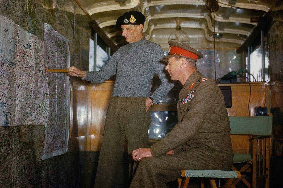 Raríssimas fotos da Segunda Guerra Mundial em cores brilhantes e imersivas 07