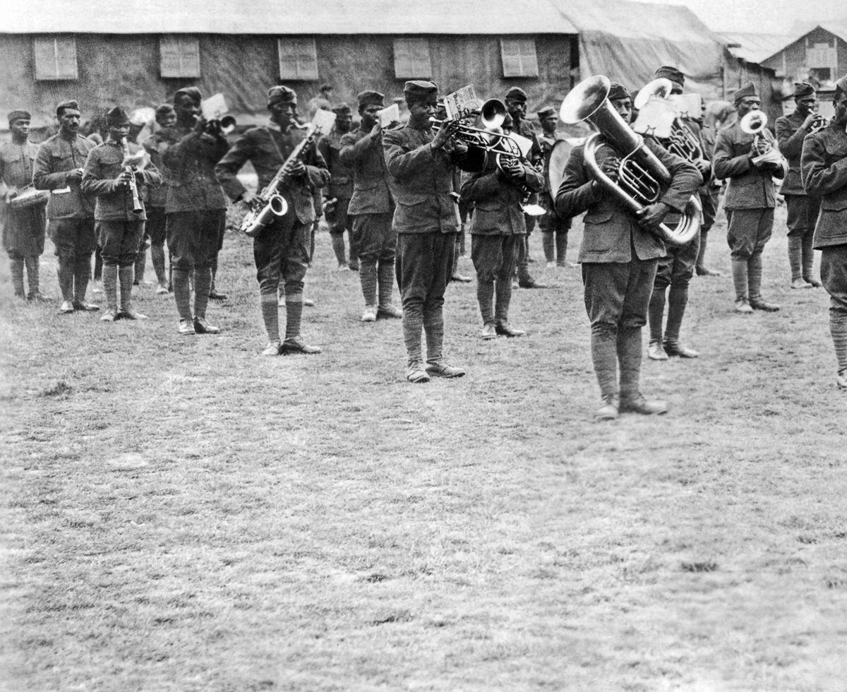 O regimento todo formado por negros na primeira guerra conhecido pela bravura apesar do preconceito 03