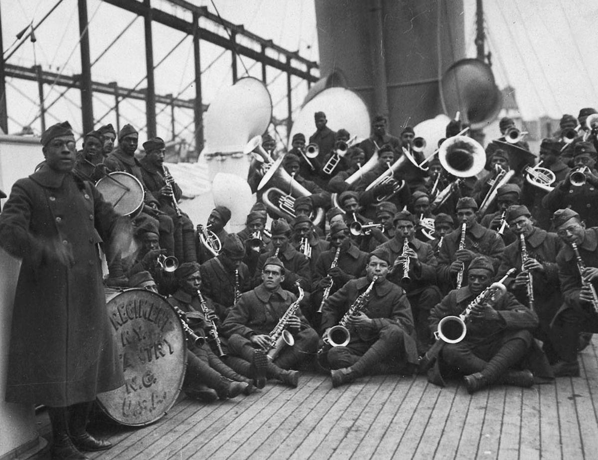 O regimento todo formado por negros na primeira guerra conhecido pela bravura apesar do preconceito 05